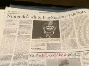 LA Times Fail PlayStation 4 blanche white