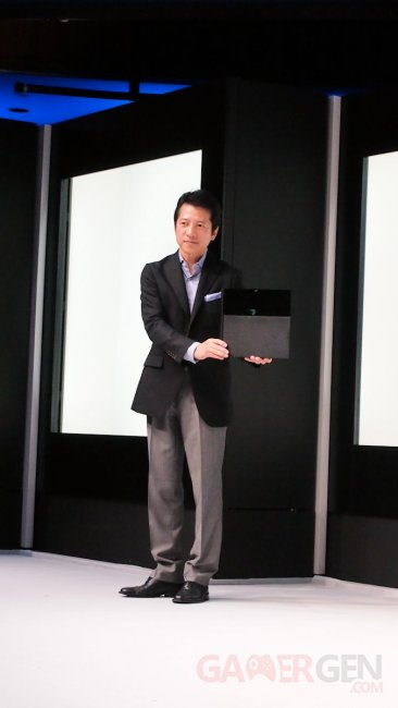 PlayStation 4 Dualshock Sony Japan Event 09.09.2013 (2)