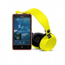 1200-1-nokia_lumia-625_yellow_with_boom