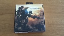 déballage manette Xbox One Titanfall Ben GamerGen (1)