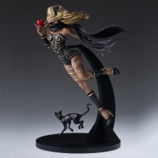 Gravity Rush figurines Kat 12.05.2014  (5)