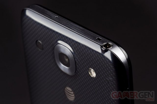 lg-optimus-g-pro-back-appareil-photo