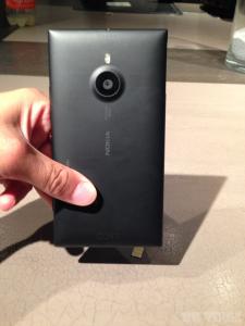 Nokia Lumia 1520_24
