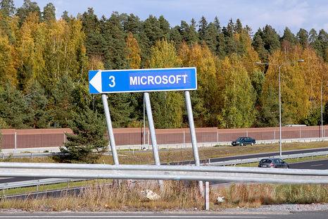 Panneau-Nokia-Microsoft-Finlande