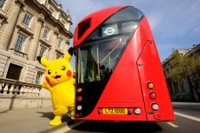 Pikachu & Bus 2