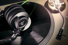 Rzer Adaro DJ (2)