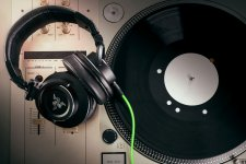 Rzer Adaro DJ (3)