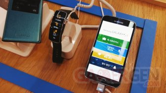 samsung-gear-fit-vertical-orientation-2