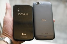wiko-darkfull-comparaison-nexus-4