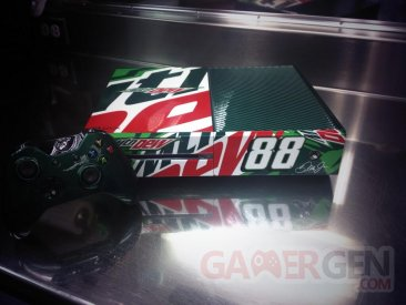 Xbox One Mountain dew custom 02