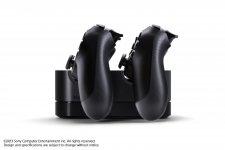 DualShock-4_20-08-2013_manette-chargeur-3