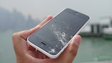 iphone-5c-drop-test-results-front-screen-in-hand-6-aa