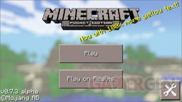 Minecraft Pocket Edition 0-7-3 Android yellow text
