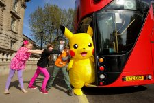 Pikachu kids & bus 1
