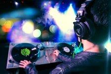 Rzer Adaro DJ (6)
