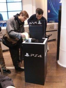 Sortie PS4 sony store paris 0003