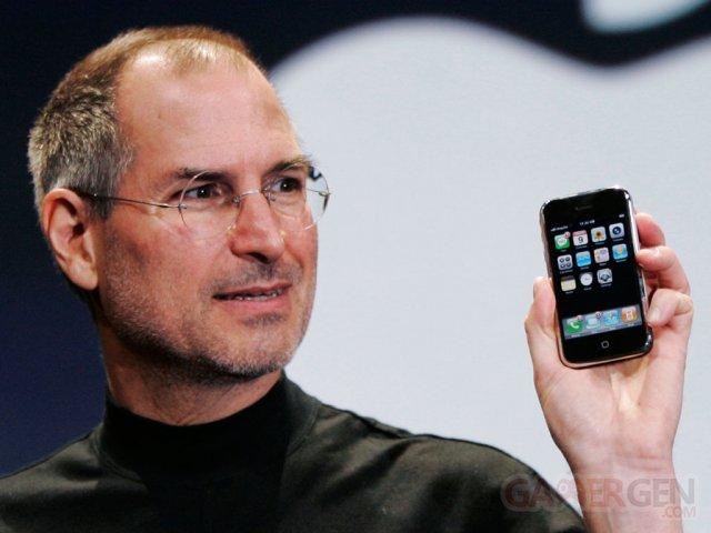 steve-jobs-presentation-iPhone