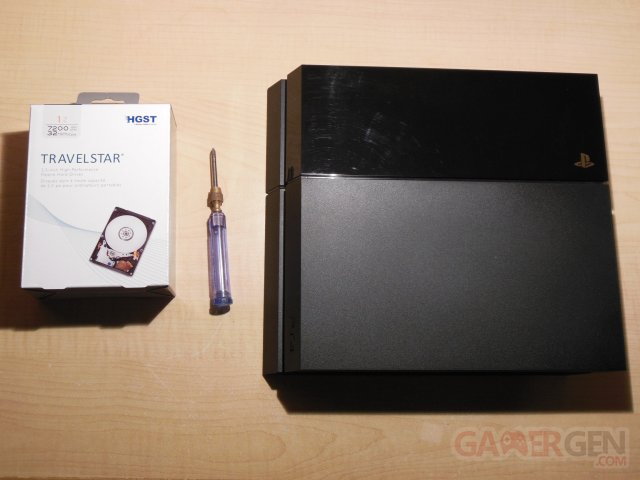 tuto-tutoriel-ps4-playstation-4-disque-dur-remplacement-hdd-photo-14
