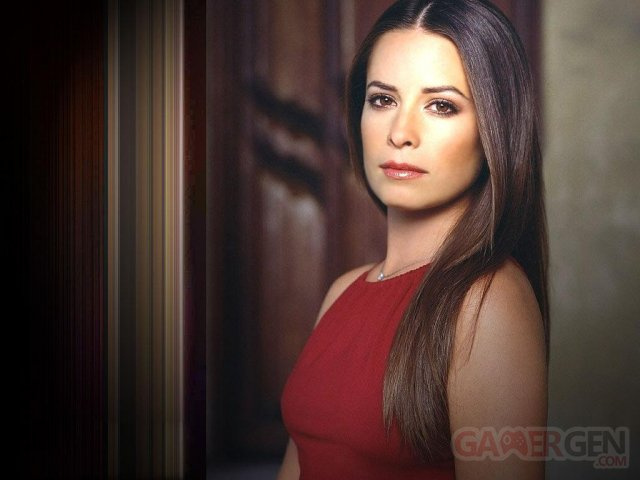 virtual-violence-leads-to-actual-violence-actress-holly-marie-combs-condemns-video-games.